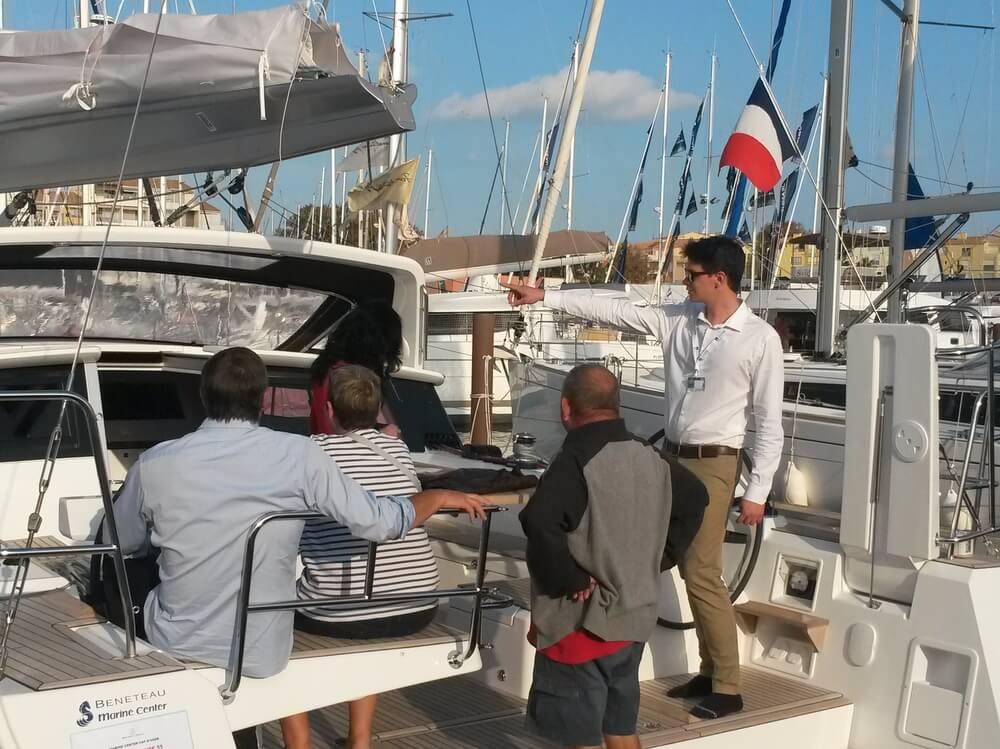 Salons nautiques d'automes pour les formations technico-commerciales du nautisme